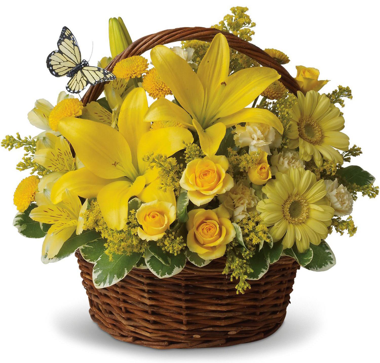 Экибана из цветов в корзине