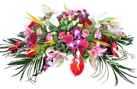 сложная цветочная композиция