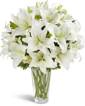 белый букет лилий